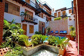 Casa Carolina, beautiful landscaped communal areas